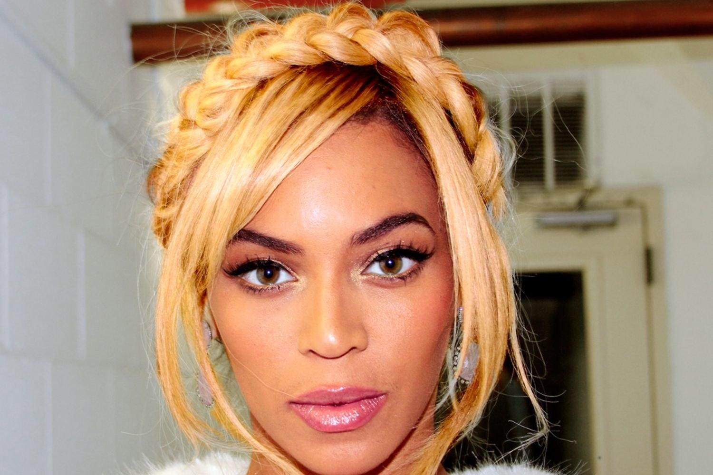 Top 20 black updo hairstyles pmusecretfo Choice Image