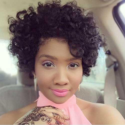 Short Curly Weave Hairstyles 20 short curly weave hairstyles short hairstyles amp haircuts 2017 Perfect For Women With Petite Facial Features The Short Curly Weave Hairstyle May Just Be The One You Have Been Looking For