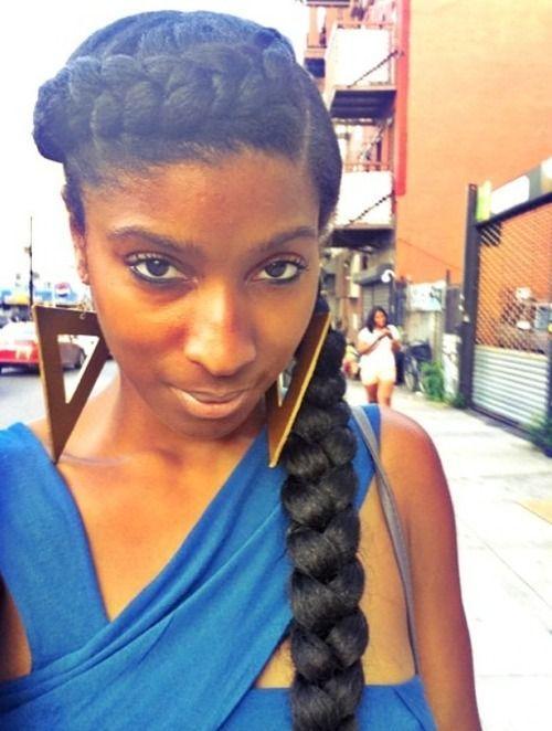 19Braided Hairstyle With Jumbo French Braid