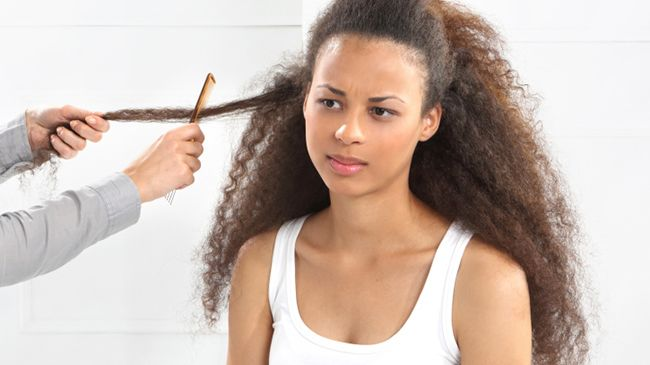Should Your Hair Be Wet Or Dry When Detangling